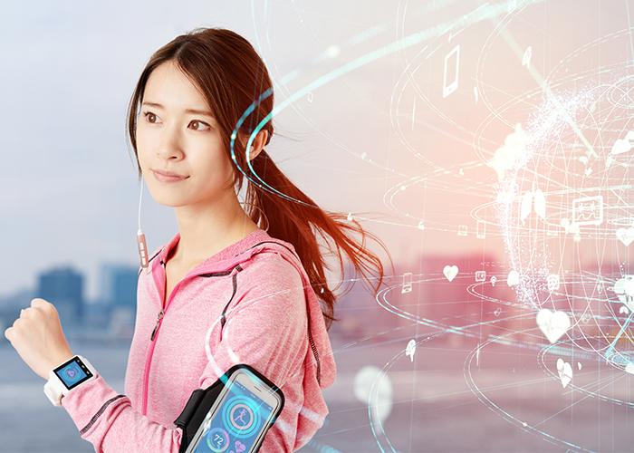 Frau mit Technik